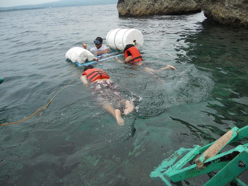 セブ島旅行モアルボアルでシュノーケリング